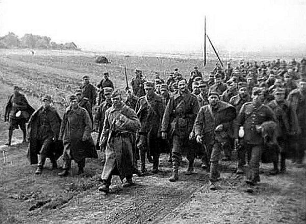 Niedługo po zajęciu Polski Armia Czerwona zaczęła organizować wysiedlenia części ludności. Zdjęcie poglądowe.