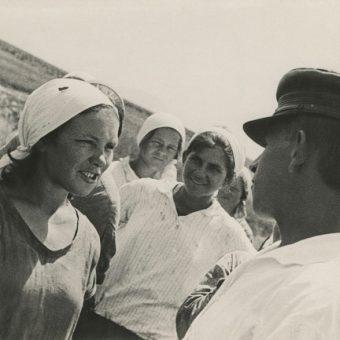 W kołchozach na wywożonych Polaków czekała mordercza praca i fatalne warunki życia. Zdjęcie poglądowe.