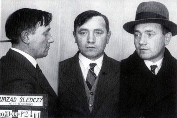 Bolesław Bierut po aresztowaniu przez Policję Państwową za działalność komunistyczną i szpiegostwo na rzecz ZSRR 20 grudnia 1933