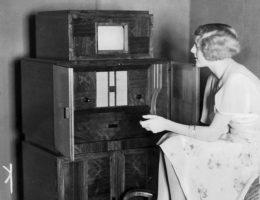 Dawniej wieszczono, że ludzie... nie będą mieli czasu na oglądanie telewizji...
