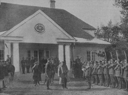Obchody imienin Piłsudskiego w Sulejówku