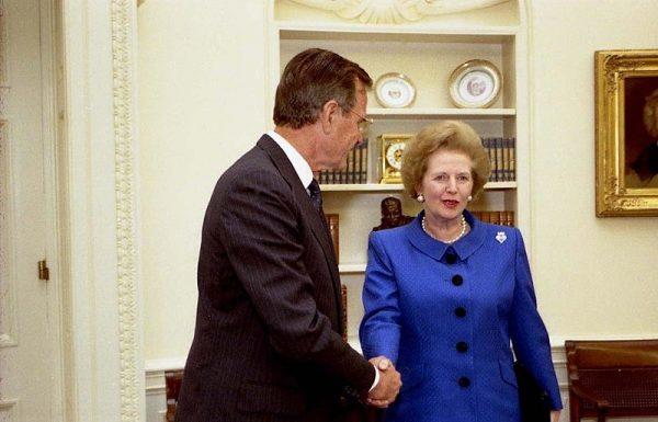 W 1990 roku Margaret Thatcher jeszcze nie wiedziała, że jej dni na stanowisku premiera są policzone.
