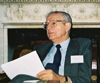 Aleksander Gieysztor w 1995 roku