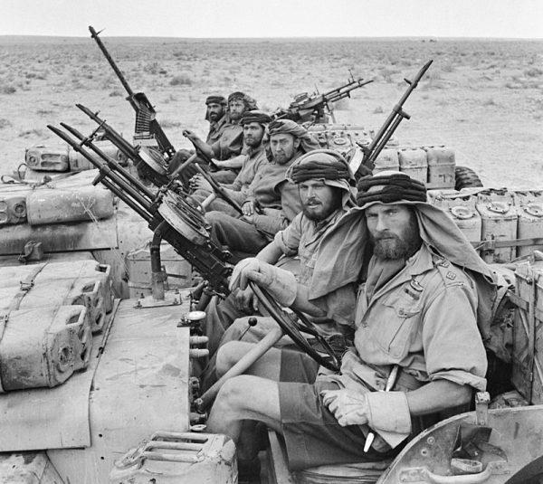 Patrol SAS na Pustyni Libijskiej w 1943 roku. Początkowo ta elitarna jednostka była całkowicie fikcyjna.