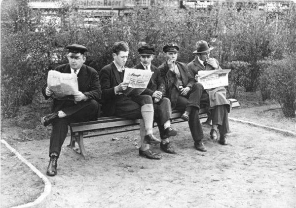 Kryzys i bieda w powojennych Niemczech zmuszała ludzi do różnych rozwiązań (zdj. poglądowe).