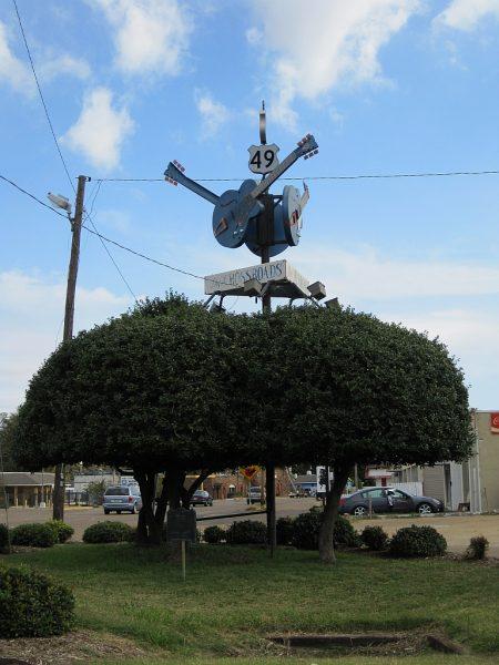 To w tym miejscu w Clarksdale w stanie Mississippi Johnson miał sprzedać duszę diabłu.
