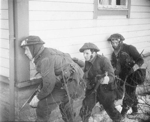 Brytyjscy komandosi podczas Operacji Archery (27 grudnia 1941)