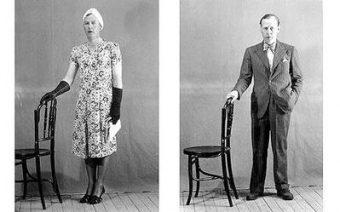 Osławione zdjęcie Dudleya Clarke'a w damskich ubraniach.