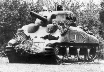 Gumowy czołg M4 Sherman, element operacji Fortitude