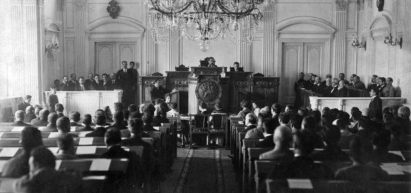 Pierwsze posiedzenie parlamentu niepodległej Gruzji w maju 1918 roku