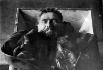 Karl Denke na jedynej znanej fotografii, po samobójstwie