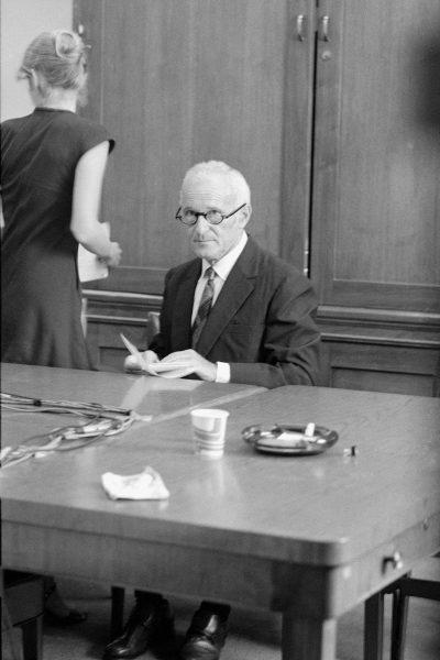 Sidney Gottlieb, amerykański chemik, stał za naukową stroną projektu.