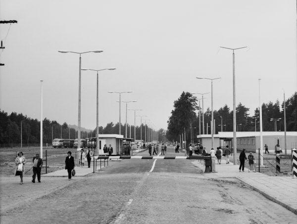 Przejście graniczne z NRD – widok na stronę niemiecką.