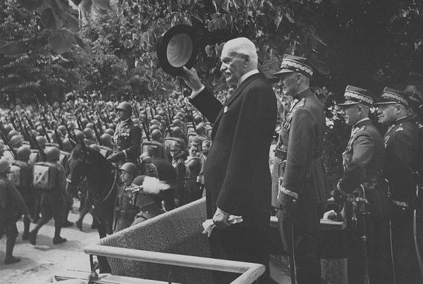 Wzburzony inspektor armii w Wilnie, gen. Stefan Dąb-Biernacki, wydał rozkaz podległym mu oficerom, aby w obronie honoru marszałka, naprostowali autora i odpowiedzialną redakcję.