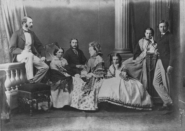 Niesławne i oparte na ekstremalnym wyzysku rządy Leopolda II skończyły się ostatecznie w 1908 roku.