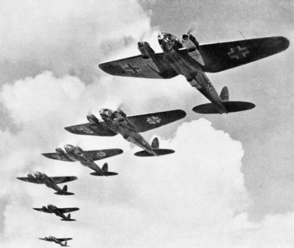 Battle of Britain – tak oficjalnie nazywają się zmagania Brytyjczyków z Niemcami, których samoloty nadlatywały nad Wyspy i zrzucały bomby na miasta, porty, lotniska oraz zakłady przemysłowe