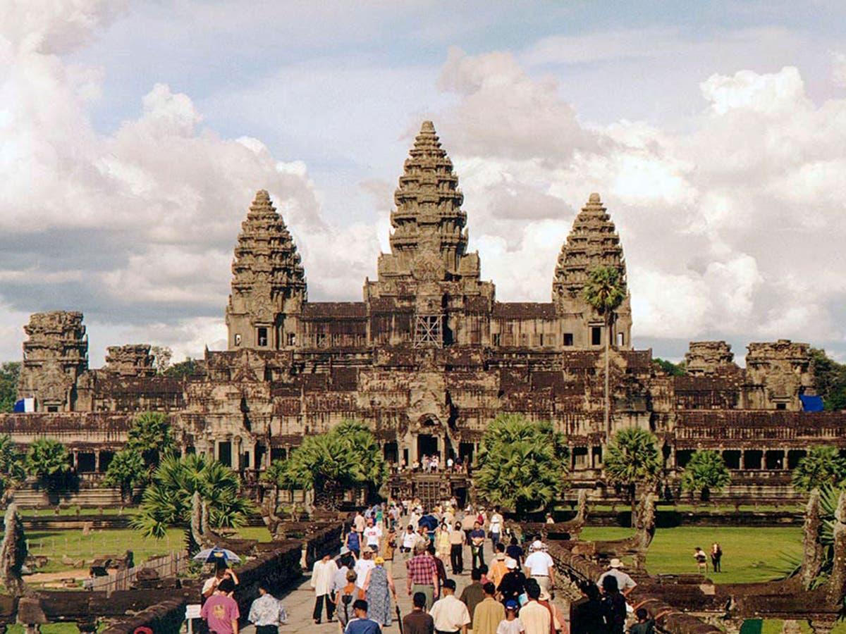 Angkor Wat w Kambodży, widziana od zachodniego wejścia. Autor: Manfred Werner, CC BY-SA 3.0