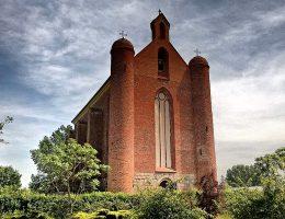 Jedyny taki budynek na świecie – opowieść o wyjątkowej kaplicy templariuszy w Chwarszczanach
